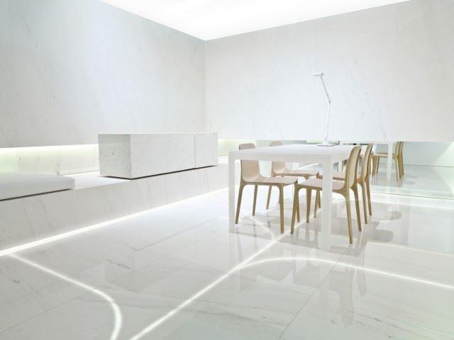 51c3b23bb3fc4bc6cb0000e6_blanc-showroom-l-antic-colonial-fran-silvestre-arquitectos_fran_silvestre_arquitectos_valencia_-_blanc_-_grupo_porcelanosa_-_0