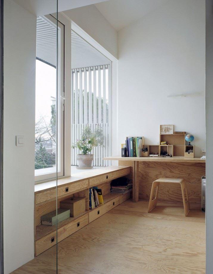 51f00ca2e8e44e6da30000ea_a-suspended-room-nem-architectes_06