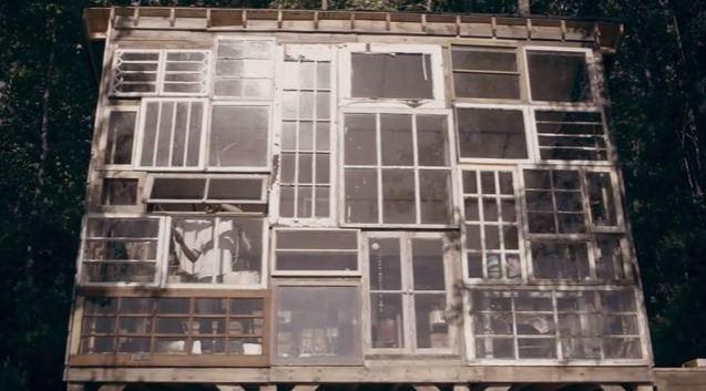 52333f95e8e44e37e7000001_a-house-made-of-windows_03glass