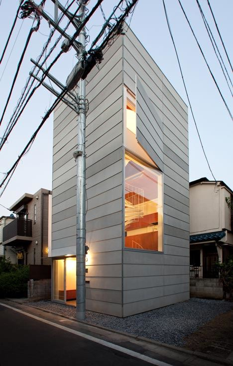dezeen_Small-House-by-Unemori-Architects_2