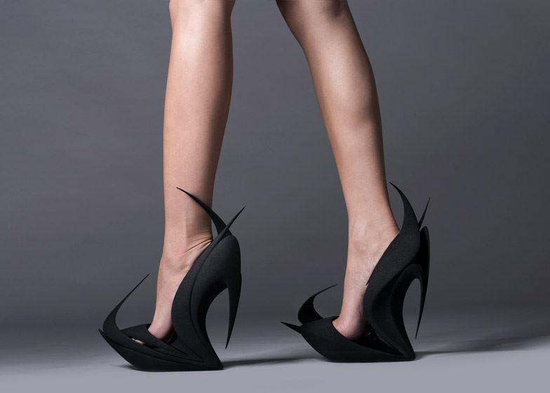 Flames_Zaha-Hadid_United-Nude-shoes_Milan-2015_1