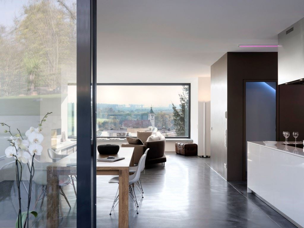 Minimalist-home-by-Ippolito-Fleitz-Group-Haus-F-09