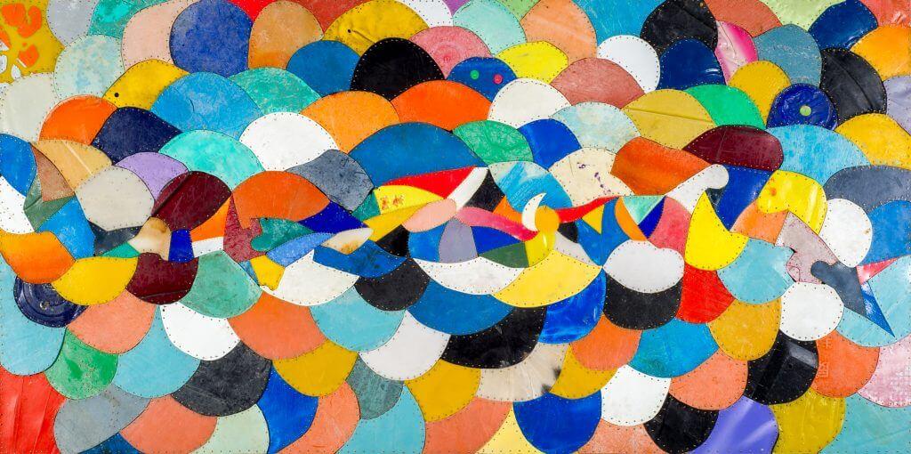 Rahic Talif 拉黑子‧達立夫_The Space of Fifty Steps 五十步的空間_Plastic , Fishing Line, Copper Nails 塑膠片、魚線、銅釘_180x90cm_ 2015 (緣投畫廊)