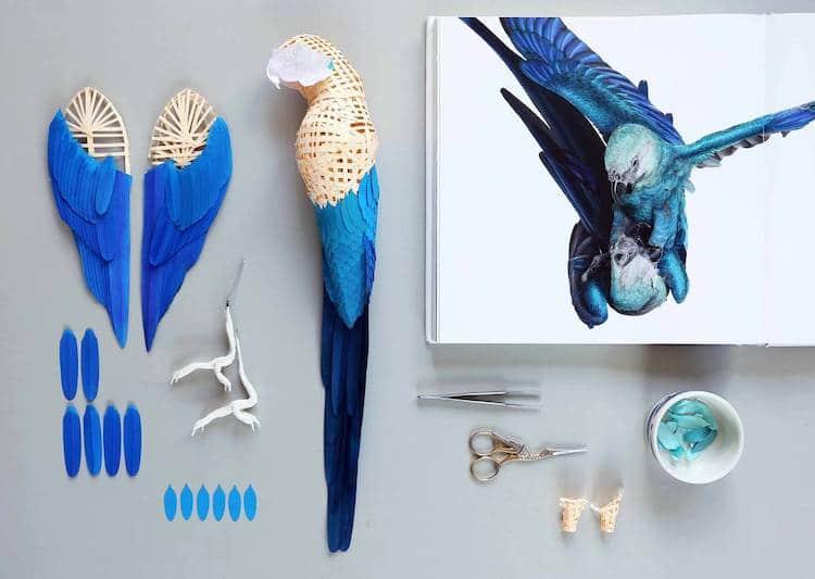 這張圖片的 alt 屬性值為空,它的檔案名稱為 04-paper-sculpture-birds.jpg